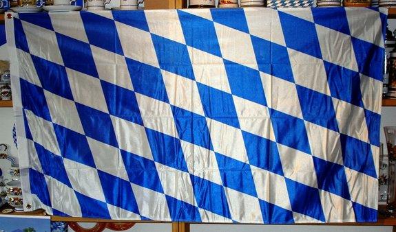 Hissflagge - Bayern weiß/blau Größe 150 x 90 cm.